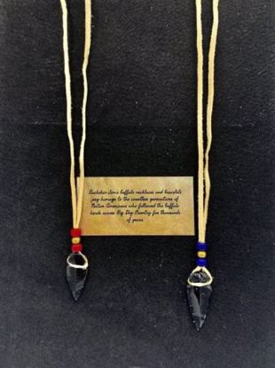 Picture of Deerskin Arrowhead Clasp Necklace