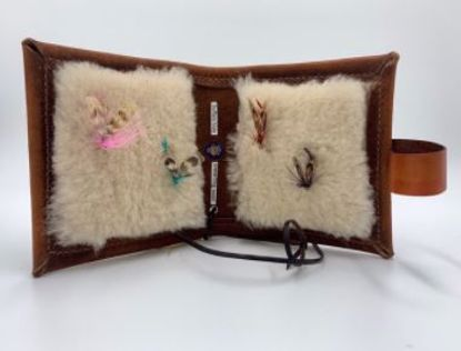 Picture of Buffalo Hide Montana Fly Wallet